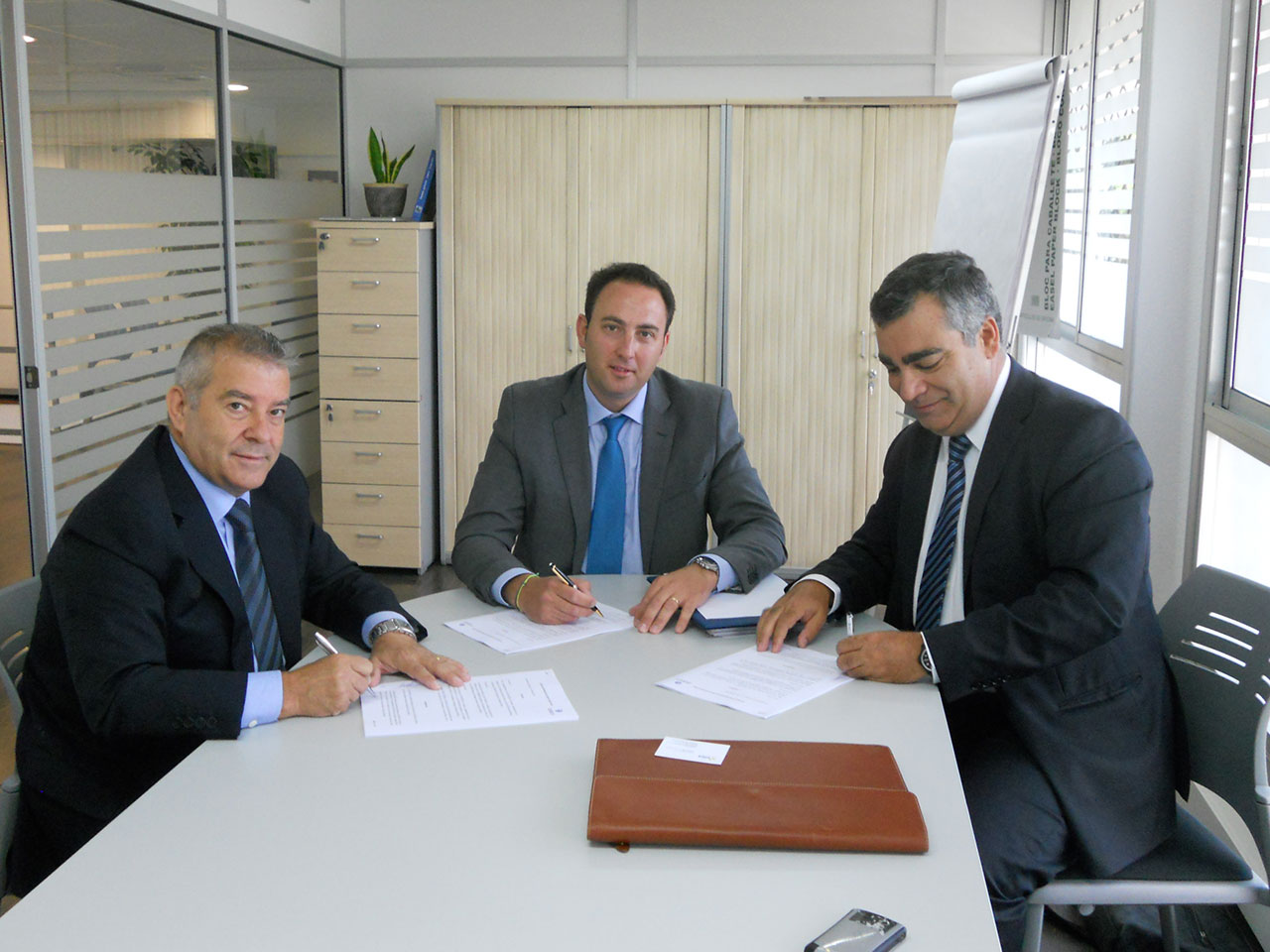 Firma acuerdo Serca